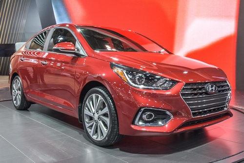 Hyundai Accent 2018 hoàn toàn mới trình làng - 1
