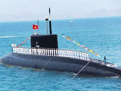 Những người lính tàu ngầm đầu tiên của Việt Nam 30 năm trước