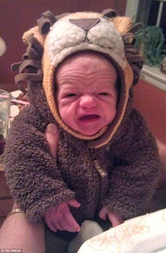 Những em bé vừa ra đời đã biến thành cụ già khiến ai nhìn cũng phải bật cười - Ảnh 5.