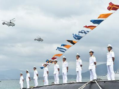 Việt Nam sỡ hữu 6 tàu Kilo: Kỳ vọng của người dân