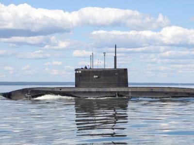 Video: Giáo nhọn và khiên dày trên tàu ngầm Kilo