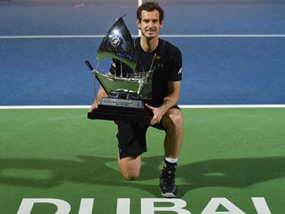Nadal thua bất ngờ, Murray có danh hiệu đầu tiên trong năm