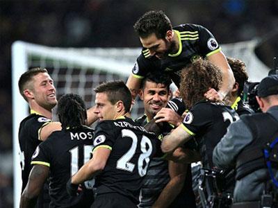 West Ham 1-2 Chelsea: Hazard và Costa giúp