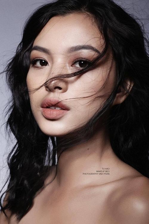 Dậy sóng vì tin đồn Trang Trần, Hoàng Yến ngồi ghế nóng The Face 2017 - 8