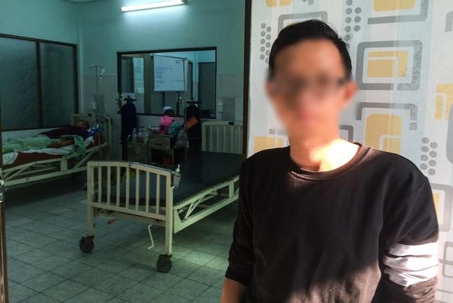 """Mẹ tài xế GrabBike bị xe ôm đâm gục ở Sài Gòn: """"Nhìn con máu me đầy người, lòng tôi đau như dao cắt"""""""