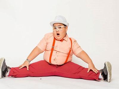 Cậu bé 7 tuổi nổi tiếng thế giới với điệu nhảy