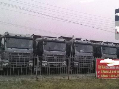 """""""Bộ tứ"""" xe tải Nga, Đức, Nhật, Hàn"""