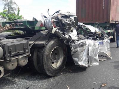 Tiền Giang: Xe đi đám cưới gặp nạn, hai người chết và nhiều người bị thương