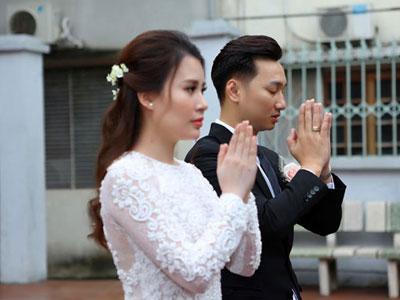 Vợ 9X của MC Thành Trung khoe ảnh lễ rước dâu
