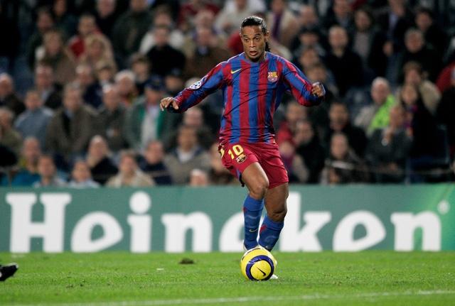 Ronaldinho sẽ có mặt tại Việt Nam vào đầu tháng 4