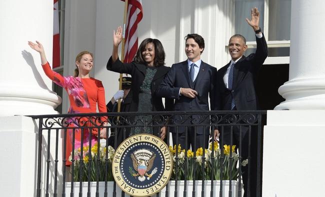 Chân dung người phụ nữ luôn sát cánh bên Thủ tướng Canada, vị chính trị gia quyến rũ nhất hành tinh - Ảnh 10.