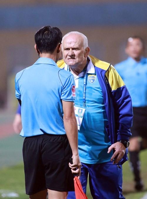 HLV Petrovic thừa nhận cầu thủ Thanh Hóa đã rơi vào thế việt vị - ảnh 3