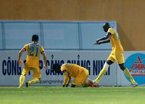 HLV Petrovic thừa nhận cầu thủ Thanh Hóa đã rơi vào thế việt vị - ảnh 4