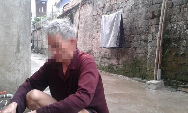 Người mẹ bắt con đứng ngoài trời mưa, rét từng bị bán sang Trung Quốc - Ảnh 1.