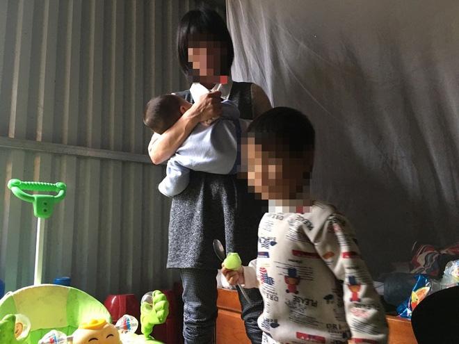 Người mẹ bắt con đứng ngoài trời mưa, rét từng bị bán sang Trung Quốc - Ảnh 3.