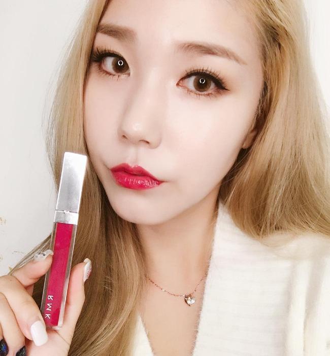 Những mốt makeup nhẹ nhàng trong trẻo nên áp dụng ngay cho cô nàng công sở - Ảnh 5.
