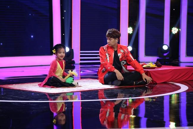 Thị Mầu 6 tuổi siêu đáng yêu khiến Mỹ Linh, Trấn Thành phát cuồng - Ảnh 7.