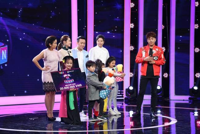 Thị Mầu 6 tuổi siêu đáng yêu khiến Mỹ Linh, Trấn Thành phát cuồng - Ảnh 8.