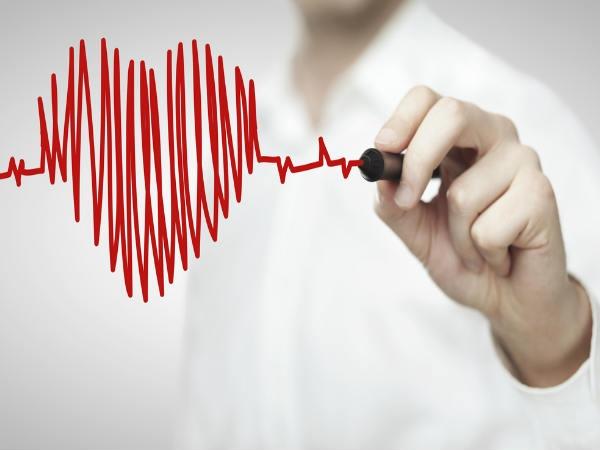 Vì sao công việc văn phòng không tốt cho tim mạch và hông của bạn? - Ảnh 1.