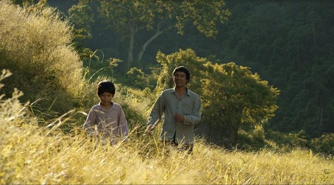 Phim độc lập Cha Cõng Con hé lộ trailer với nhiều cảnh đẹp đến nức lòng ở Việt Nam - Ảnh 2.