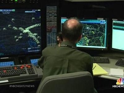 Mỹ báo động tình trạng kiểm soát viên không lưu ngủ gật