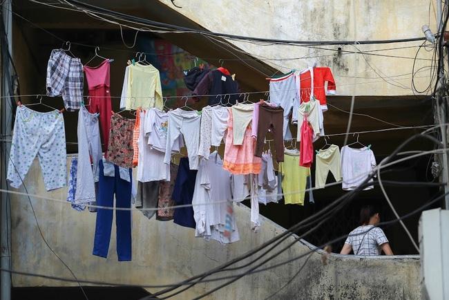 Chỉ có những cô gái Hà Nội mới hiểu, thế nào là mùa giặt 1 cái quần 5 ngày không khô... - Ảnh 3.