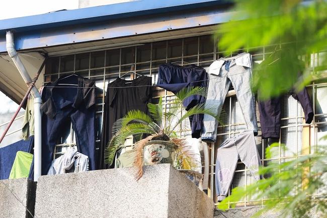 Chỉ có những cô gái Hà Nội mới hiểu, thế nào là mùa giặt 1 cái quần 5 ngày không khô... - Ảnh 7.