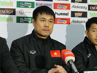 Cựu danh thủ Thể Công: HLV Hữu Thắng kém hơn HLV Miura