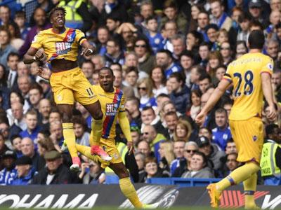 Crystal Palace quật ngã Chelsea tại Stamford Bridge