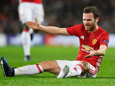Lên bàn mổ, Juan Mata nghỉ thi đấu hết mùa