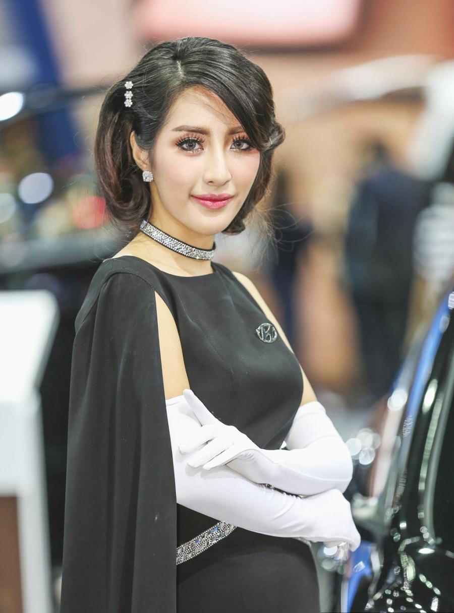 Nguoi dep khoe sac o trien lam Bangkok Motor Show 2017 hinh anh 9