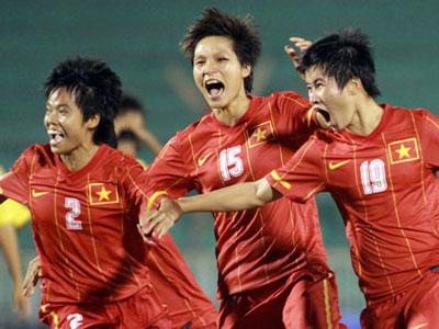 Tuyển nữ Việt Nam ghi 8 bàn vào lưới Syria chỉ sau 45 phút