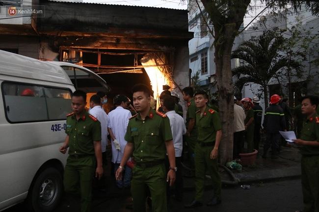 Cháy nhà trong đêm ở Đà Nẵng, 3 cô gái trong một gia đình chết thảm - Ảnh 4.