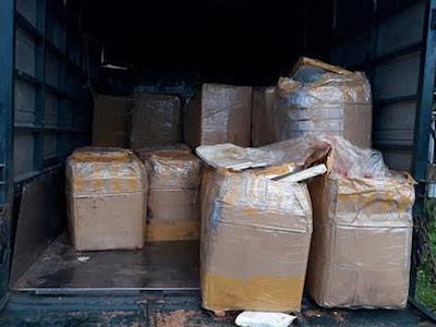 Bắt giữ xe tải chở hơn 2,4 tấn nội tạng hôi thối đi tiêu thụ