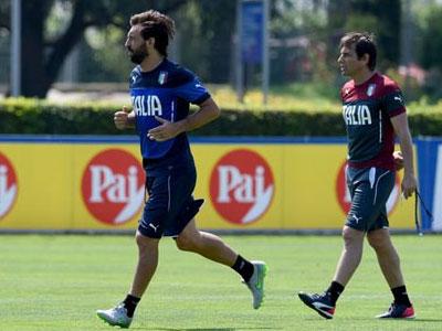 Pirlo chuẩn bị trở thành nhân vật số 2 tại Chelsea sau Conte