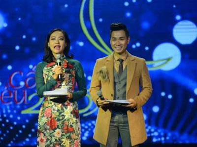 Hồng Ánh, Nguyên Khang bị nhận xét là MC thảm họa ở Cánh diều 2017