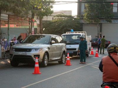 Xe Range Rover bỏ chạy sau vụ tai nạn liên hoàn, gây náo loạn