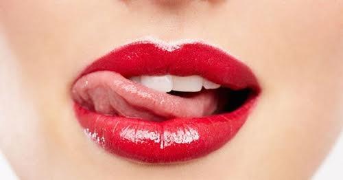 8 điều các nàng nên biết nếu muốn môi không nhoe nhoét khi tô son nước - 5