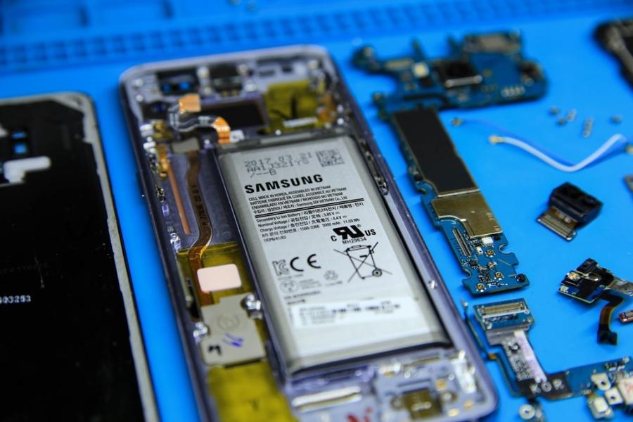 'Mo bung' Samsung Galaxy S8 vua ve Viet Nam hinh anh 11