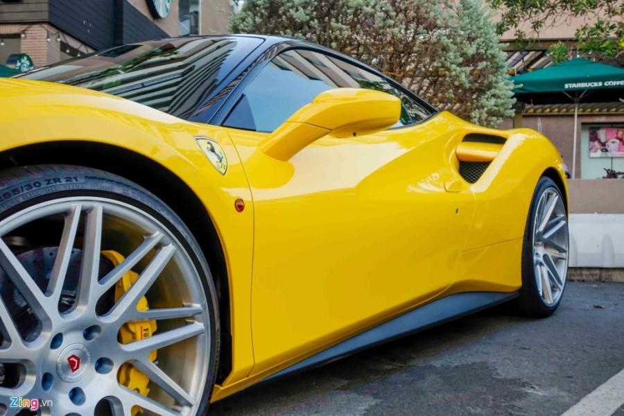 Sieu xe Ferrari 488 GTB mau vang ve tay Cuong Do La hinh anh 6
