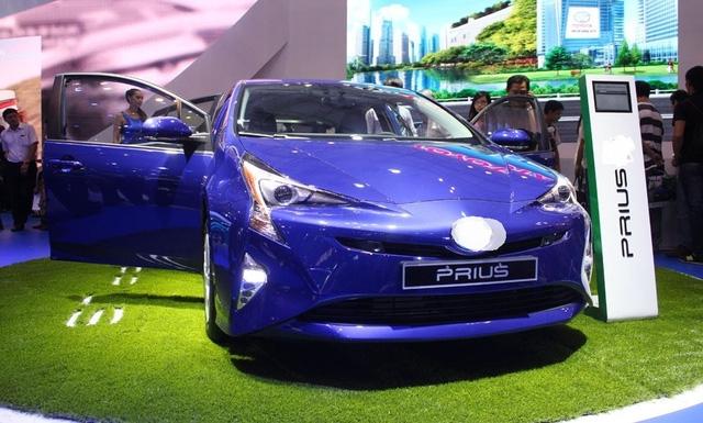 Đại diện Toyota cho rằng cách hiểu của Bộ Tài chính về xe xanh đang làm khó DN trong ưu đãi thuế nhập khẩu và bán xe tại Việt Nam