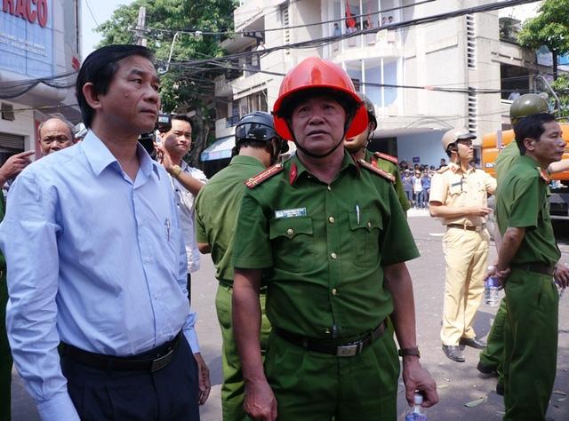 Phó Chủ tịch UBND tỉnh Bình Định Trần Châu trực tiếp có mặt tại hiện trường chỉ đạo khẩn trương khắc phục sự cố và sẽ kiên quyết xử lý nghiêm minh vụ việc trên.