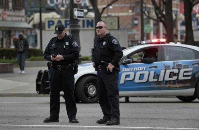 """Cảnh sát chìm ở bang Michigan sắp tới sẽ bị tước quyền """"ngủ"""" với gái mại dâm  /// Reuters"""
