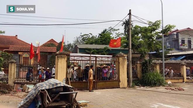Chủ tịch Chung gọi điện cho người dân, báo tin chuẩn bị về Đồng Tâm - Ảnh 1.