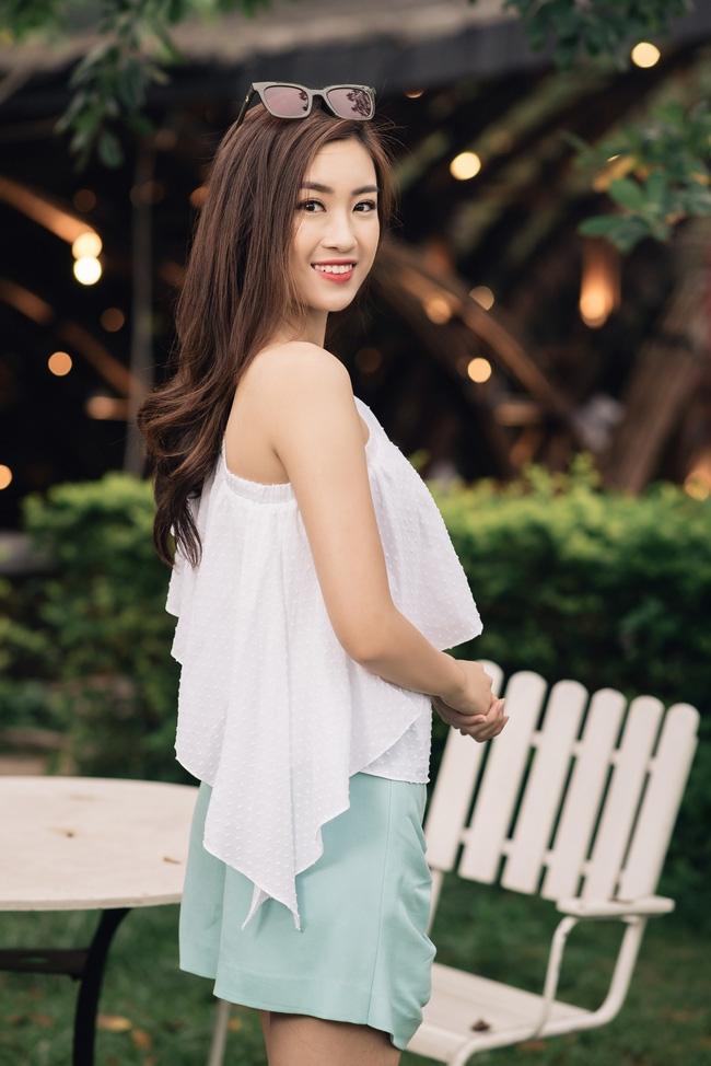 Hoa hậu Đỗ Mỹ Linh khoe vẻ đẹp trong sáng và nụ cười như mùa thu tỏa nắng - Ảnh 9.