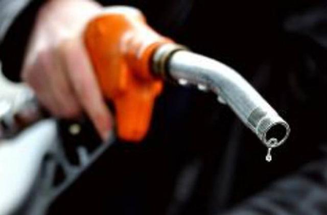 Các trạm xăng dầu vẫn được xây trái phép tại một số nơi trên địa bàn Hà Nội (ảnh minh họa)