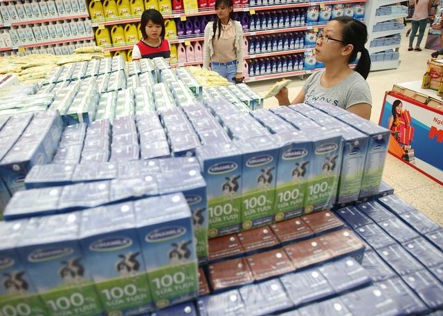 Thị trường sữa Việt Nam sôi động với hơn 900 sản phẩm (Ảnh: Quý Hòa)