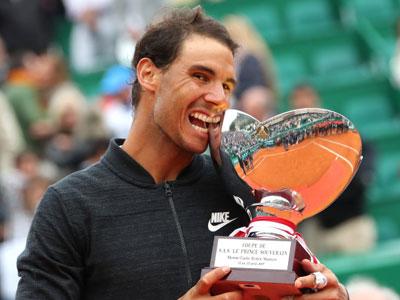 Nadal đi vào lịch sử quần vợt thế giới