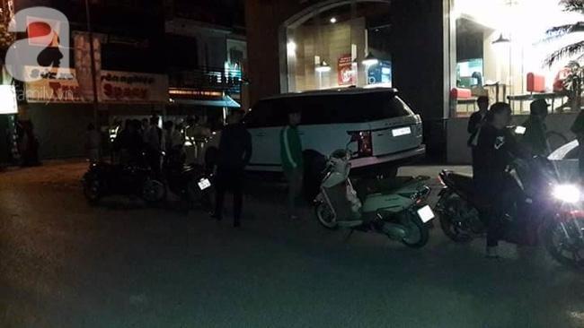 Hà Nội: Tạm giữ thanh niên trộm xe Range Rover đâm hàng loạt xe máy trên đường bỏ chạy - Ảnh 4.