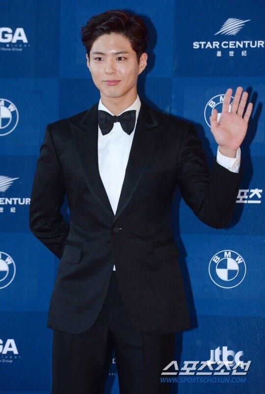 Park Shin Hye béo lên trông thấy khi xuất hiện cùng dàn sao Hàn trên thảm đỏ Baeksang 2017 - Ảnh 14.